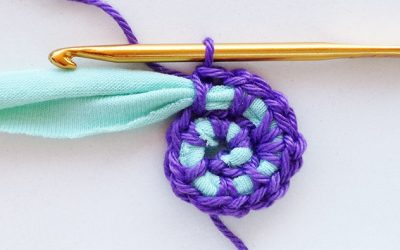 How to start crocheting round using t-shirt yarn