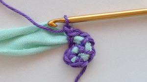 starting-crochet-round-tshirt-yarn2