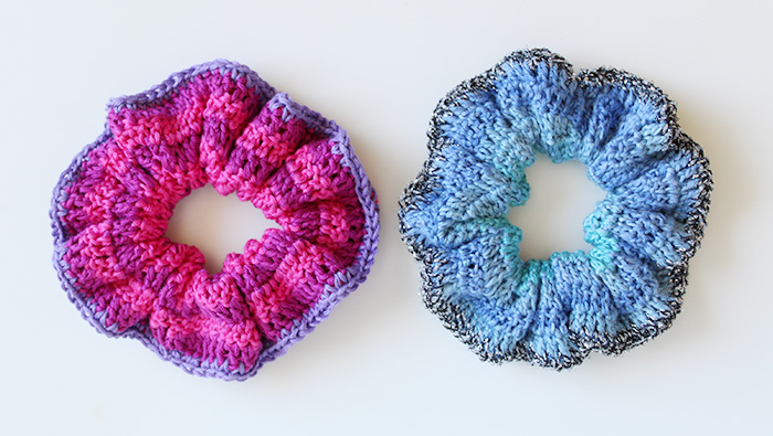 Crochet an easy scrunchie hair band
