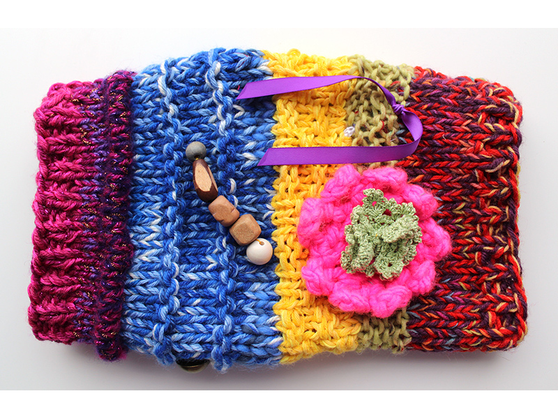 Twiddle muffs for the elderly